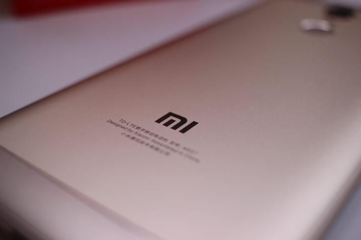 Xiaomi Redmi 5 Plus Smartphone Mi Logo