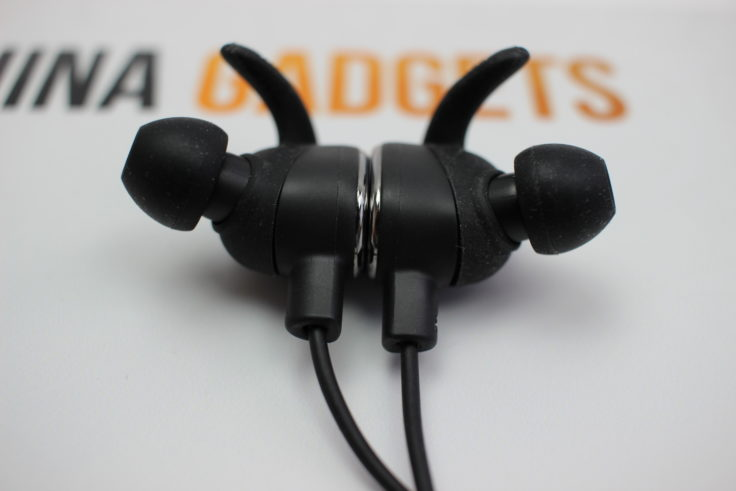 TaoTronics TT-BH15 Hörer magnetisch