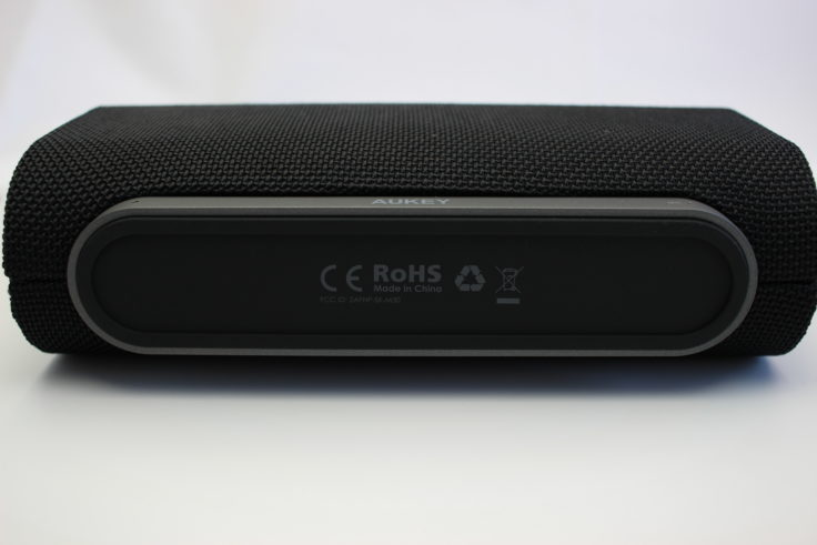 Aukey Eclipse Speaker Gummierung der Unterseite
