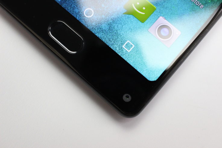 MAZE Alpha X Smartphone Frontkamera