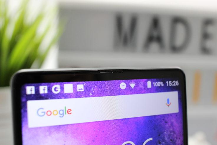 MAZE Alpha X Smartphone Ohrmuschel