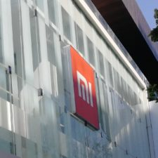 Xiaomi Flagship Store Shenzhen Glasfassade
