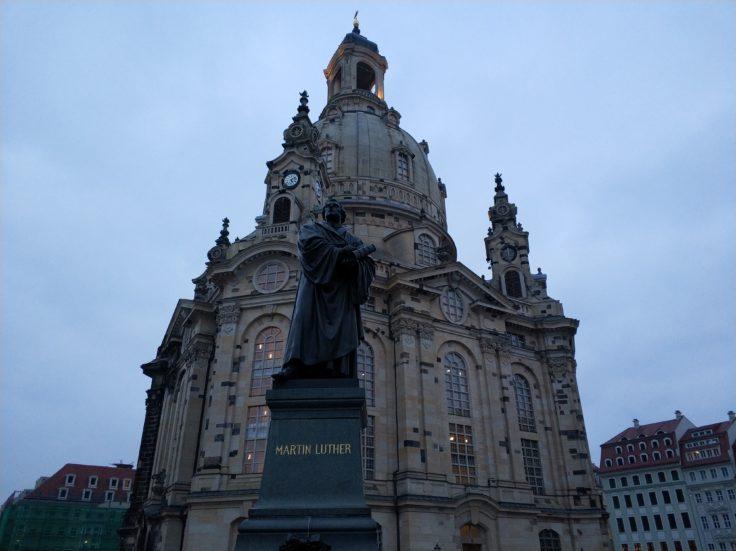 Xiaomi Mi Note 3 Testfoto der Frauenkirche in Dresden in Low Light