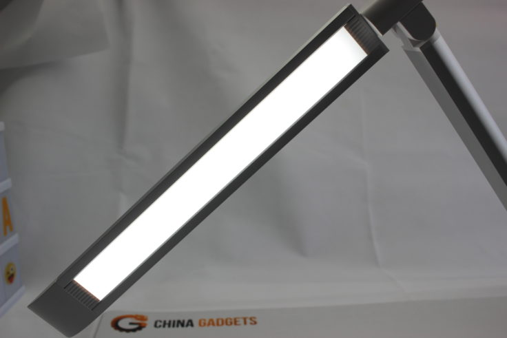 TaoTronics LED Schreibtischlampe Leuchte