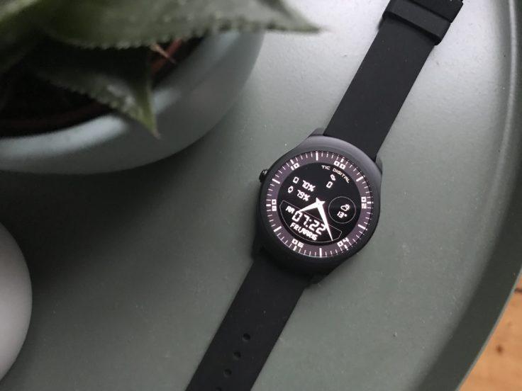 TicWatch 2 Smartwatch Design