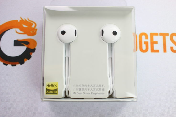 Xiaomi halb In-Ear Kopfhörer Verpackung