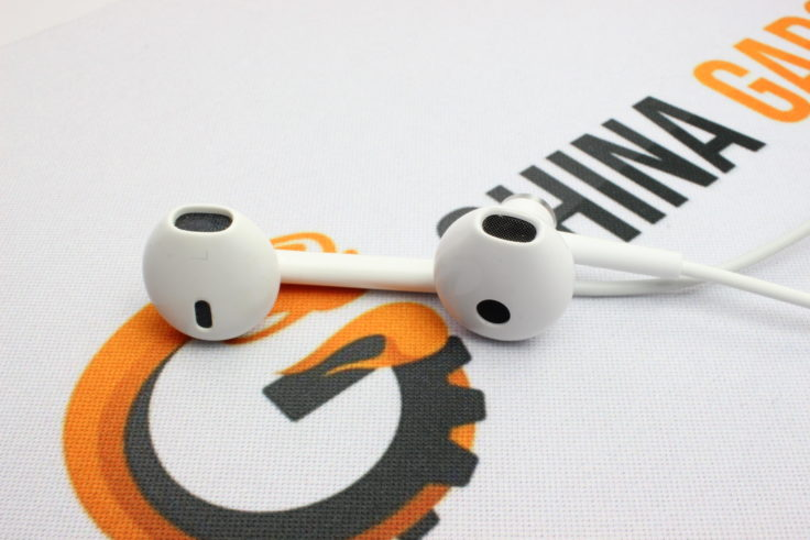 Xiaomi halb In-Ear vs Apple EarPod Hörer