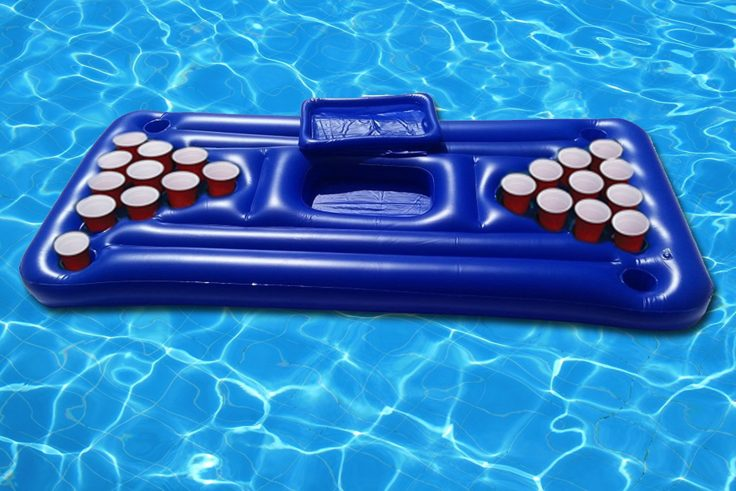 Beer pong luftmatratze der sommer hit f r die n chste for Swimming pool unterlage