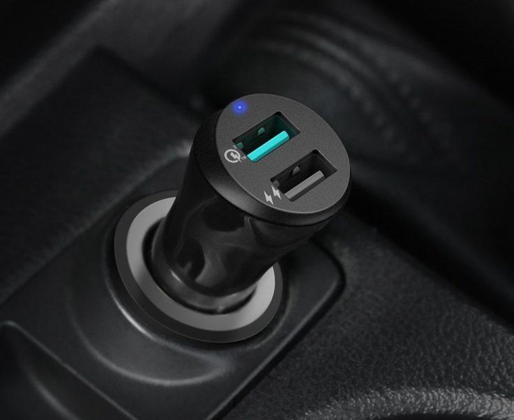 UGREEN KFZ Ladegeraet USB Ports