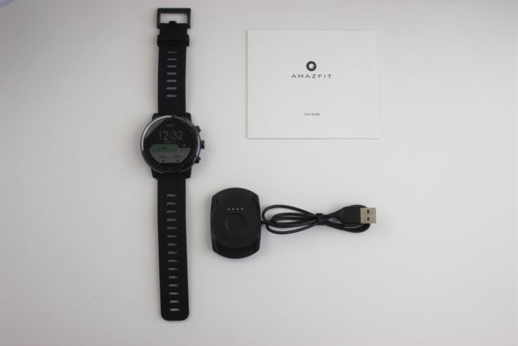 Huami Amazfit Stratos Lieferumfang