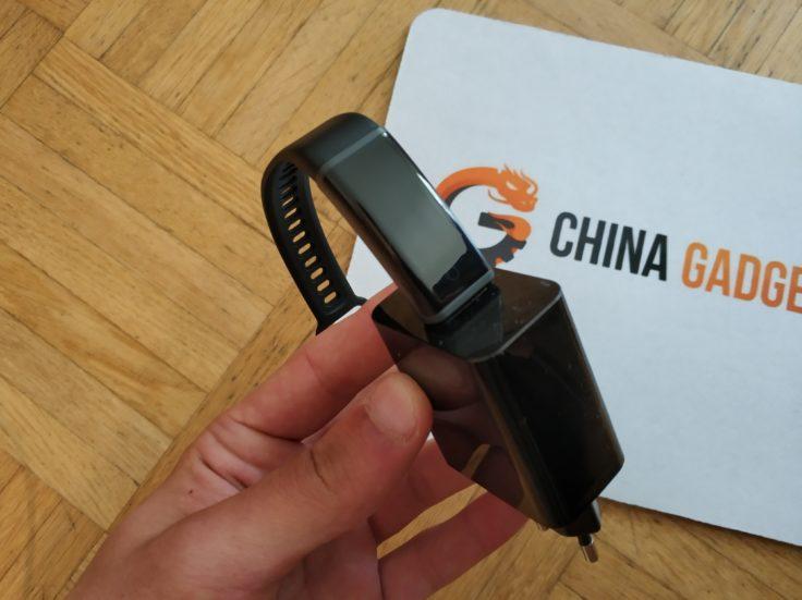 Lenovo Cardio Plus HW03X Smartband USB-Ladefunktion Akku