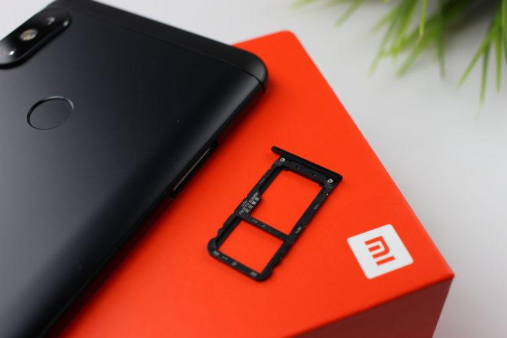 Xiaomi Redmi Note 5 SIM Slot