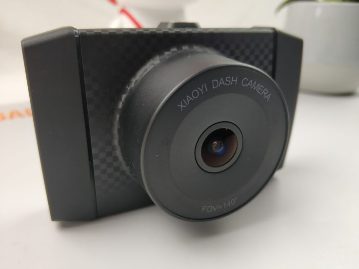 YI Ultra Dashcam Objektiv