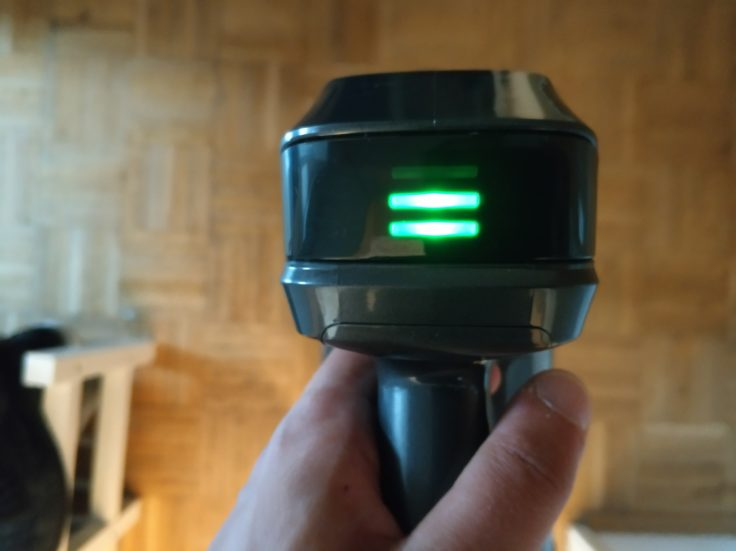Dibea D18 Akkustaubsauger LED-Anzeige