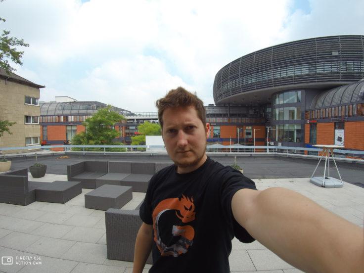 Firefly 8SE Selfie