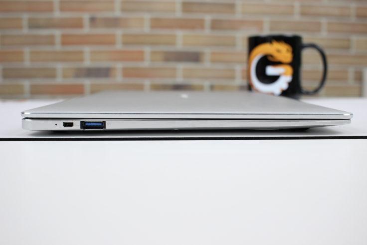 Jumper EZBook X4 Anschlüsse links