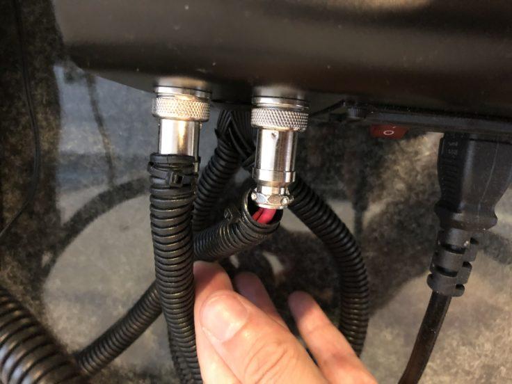 Kabelschlauch Stecker