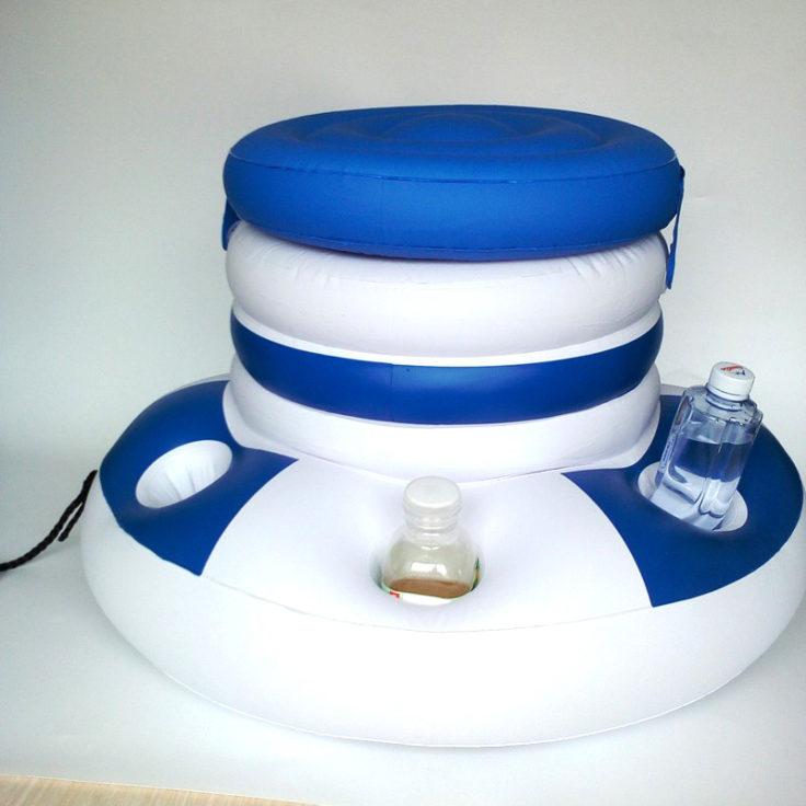 Schwimmende Minibar Getränkehalter
