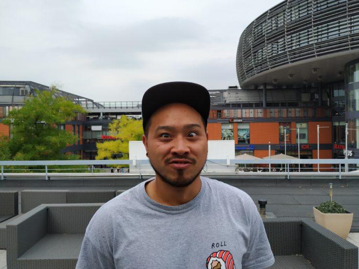 Xiaomi Mi A2 Testfoto Hauptkamera Person