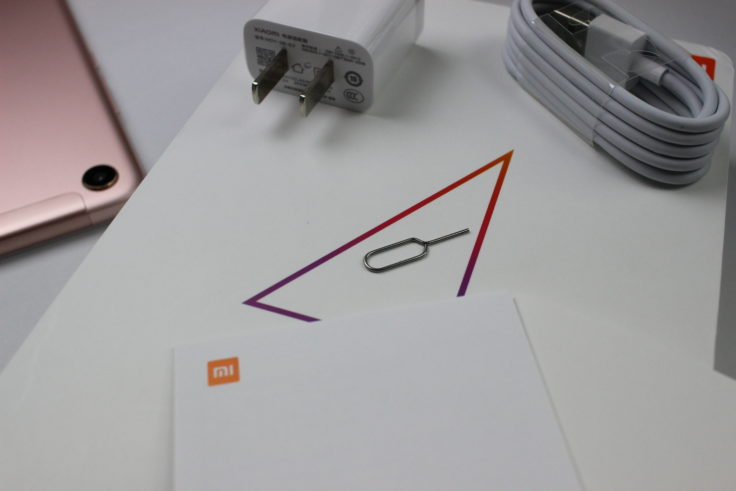 Xiaomi Mi Pad 4 Lieferumfang