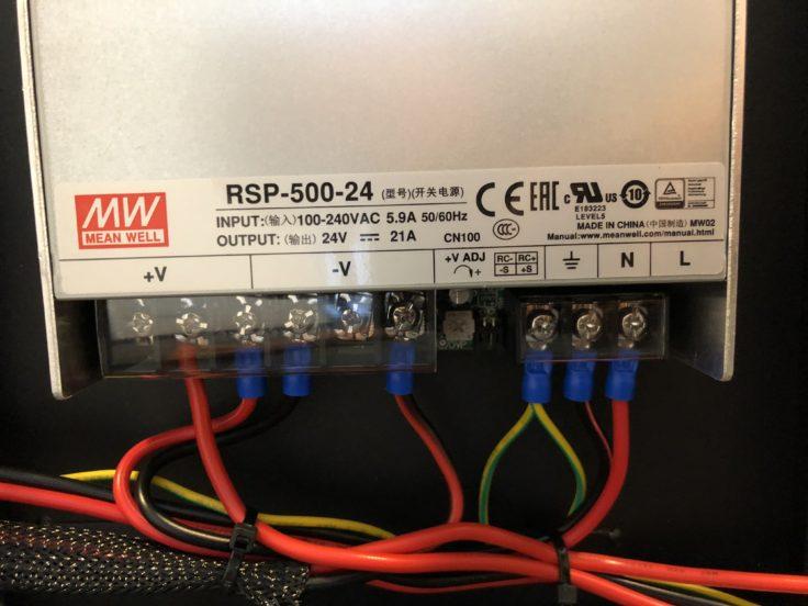 Das Netzteil mit 24V Output