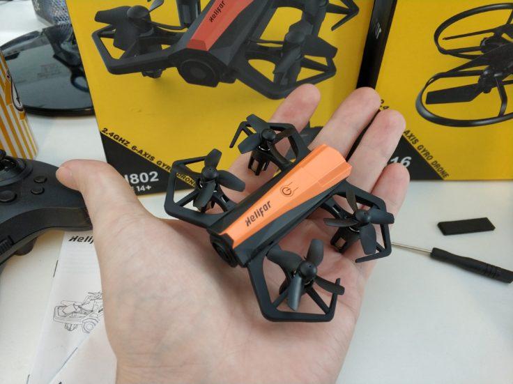 Helifar H802 Drohne Handfläche