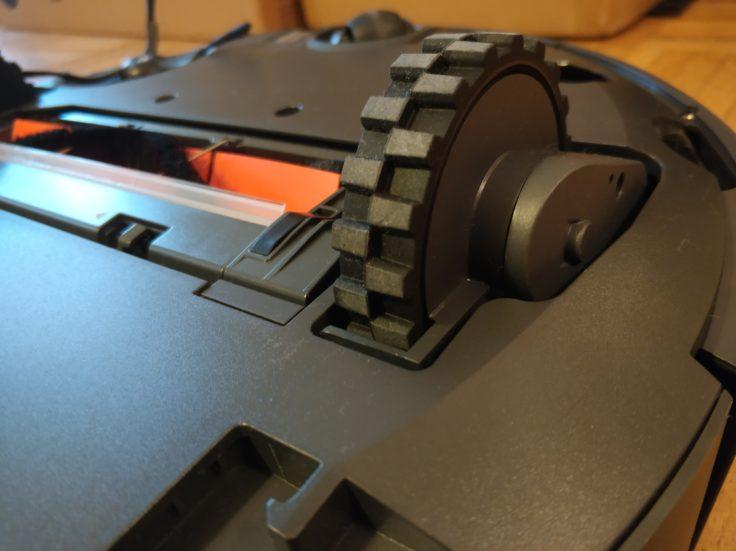 RoboRock Xiaowa E35 Saugroboter Unterseite Reifen