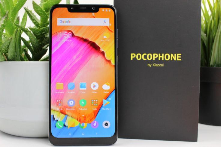 Xiaomi Pocophone F1 Poco F1 stehend