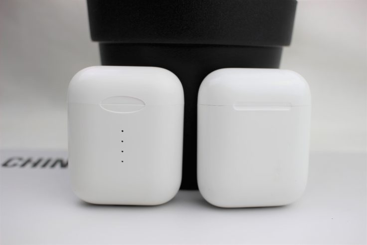TWS i10 Ladebox mit AirPods Ladebox