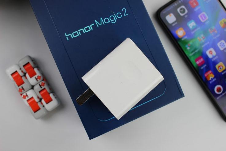 Honor Magic 2 Verpackung Lieferumfang