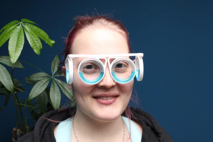 Brille gegen Reiseübelkeit Frontansicht