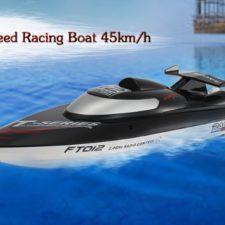FeiLun FT012 RC-Boot Wasser