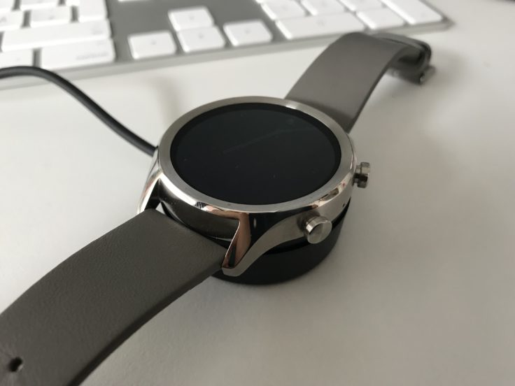 Ticwatch C2 Akku laden
