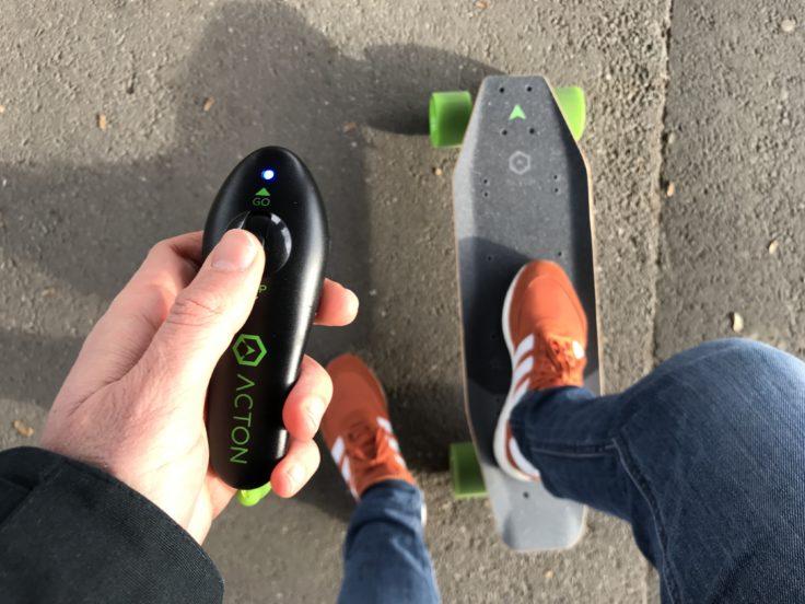 ACTON X1 E-Skateboard mit Fernbedienung