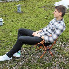 Enkeeo Campingstuhl Thorben sitzend