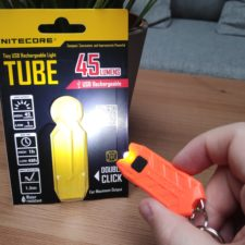 Nitecore Tube 45 Lumen in Hand