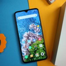 Xiaomi Mi 9 Display von oben