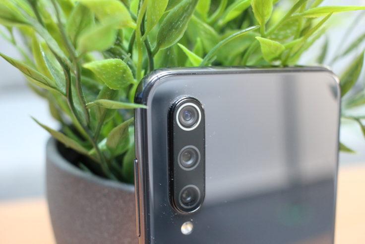Xiaomi Mi 9 SE Triple Kamera