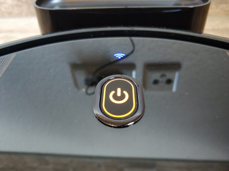 Anker eufy RoboVac 30C Saugroboter Ladestation Leuchten