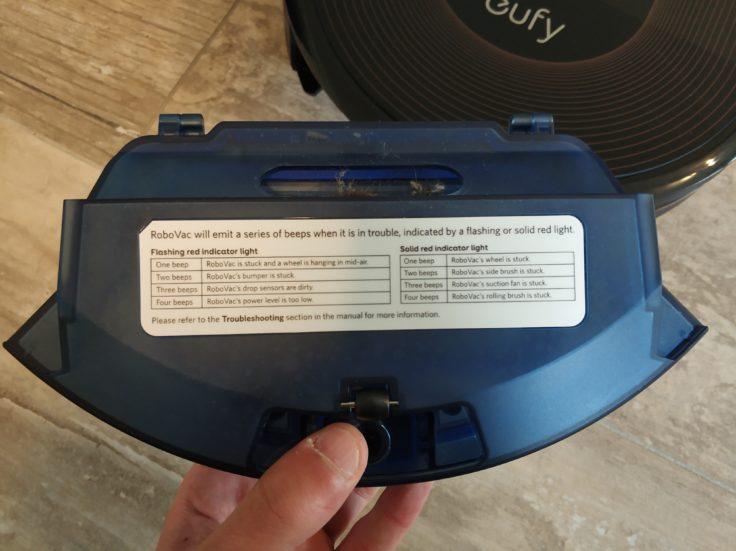 Anker eufy RoboVac 30C Saugroboter Staubkammer Rückseite Fehlermeldungen