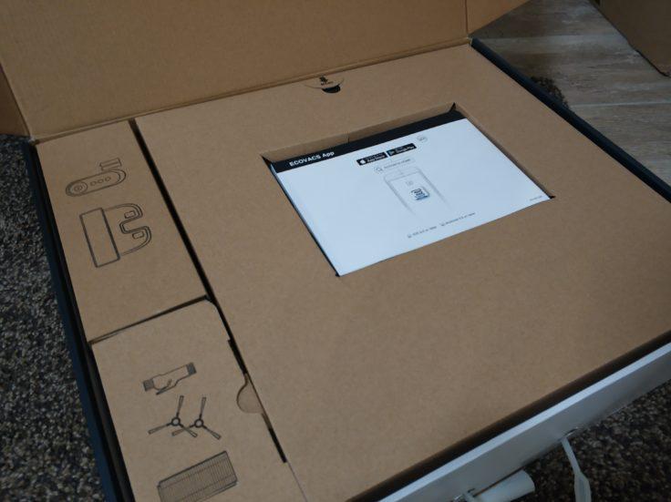 Ecovacs Deebot 710 Saugroboter Verpackung Lieferumfang