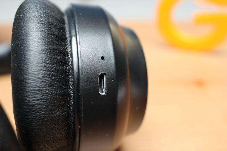 TaoTronics TT-BH060 Micro-USB Kabel
