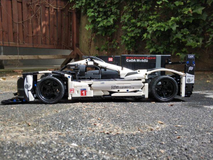 CaDA 919 Sports Car Seitenansicht