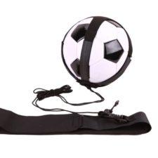 Die Fußballleine mit Netz (Ball nicht im Lieferumfang)