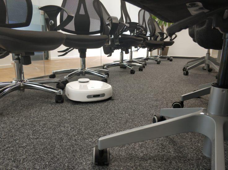Narwal Robotics Saugroboter Testfahrt Hinderniserkennung
