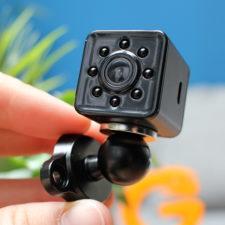 Quelima SQ13 Mini Kamera Design