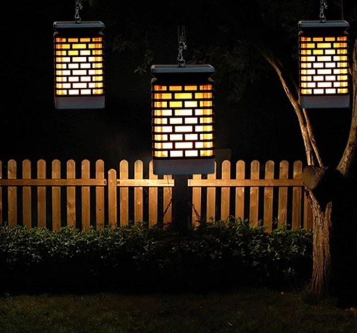Solarlampe mit Clip bei Nacht