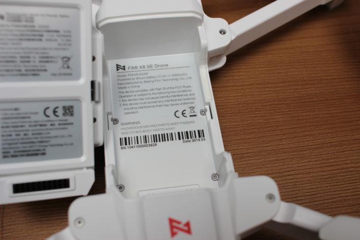 FIMI X8 SE Drohne Akkufach mit CE-Kennzeichnung