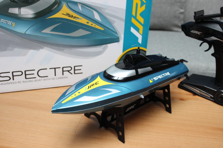 JJRC S4 Specre RC-Boot mit Karton und Fernbedienung (2)