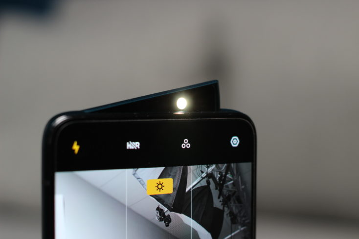 Oppo Reno 10X Zoom Frontkamera LED